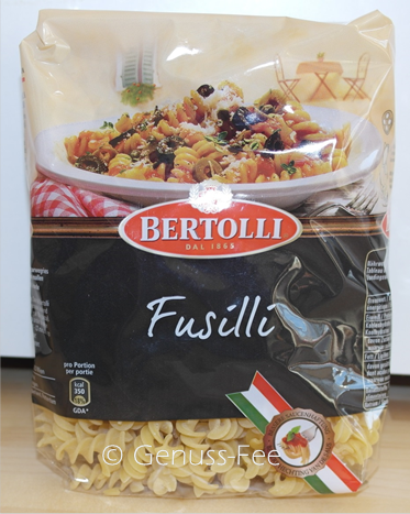 bertolli sauce toscana mit fusilli pasta genuss fee. Black Bedroom Furniture Sets. Home Design Ideas