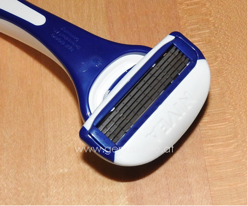 Nivea Protect & Shave Rasierer 06